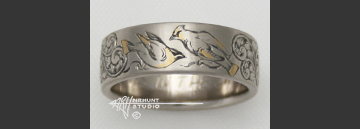 Custom Hand Engraved 18K White Palladium Gold Wedding Ring