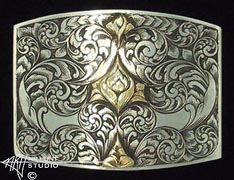 Engraved silver trophy-style buckle w/gold '2.nov01'